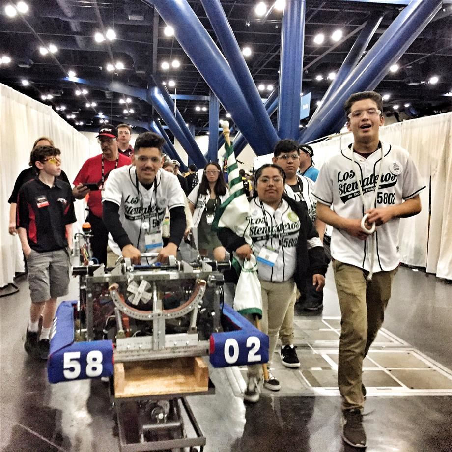 Boyle Heights STEM Stemateros Head to World Championship